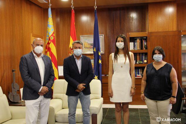 Imagen: Visita de la consellera de Innovación al Ayuntamiento de Xàbia