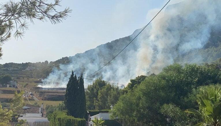 Incendio en Huertos del Montgó