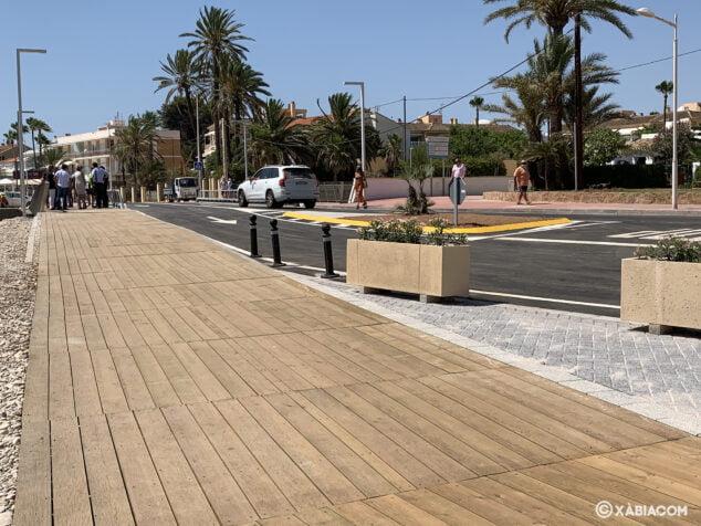 Imagen: Pasarela de madera del nuevo Puente de Triana