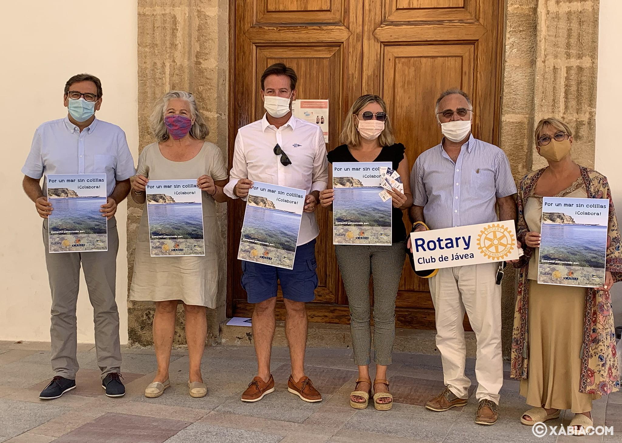 Presentación de la campaña 'Por un mar sin colillas'