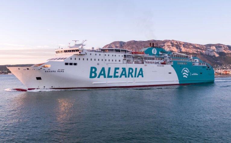 Buque Bahama Mama de Baleària