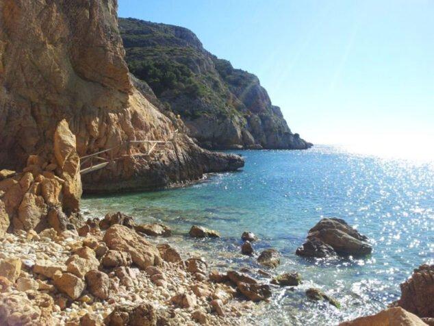 Imagen: Vista de Cala Tangó en Xàbia