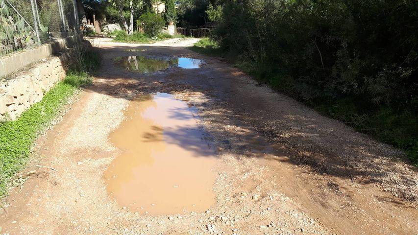 Camino de la zona del Montgó tras las lluvias