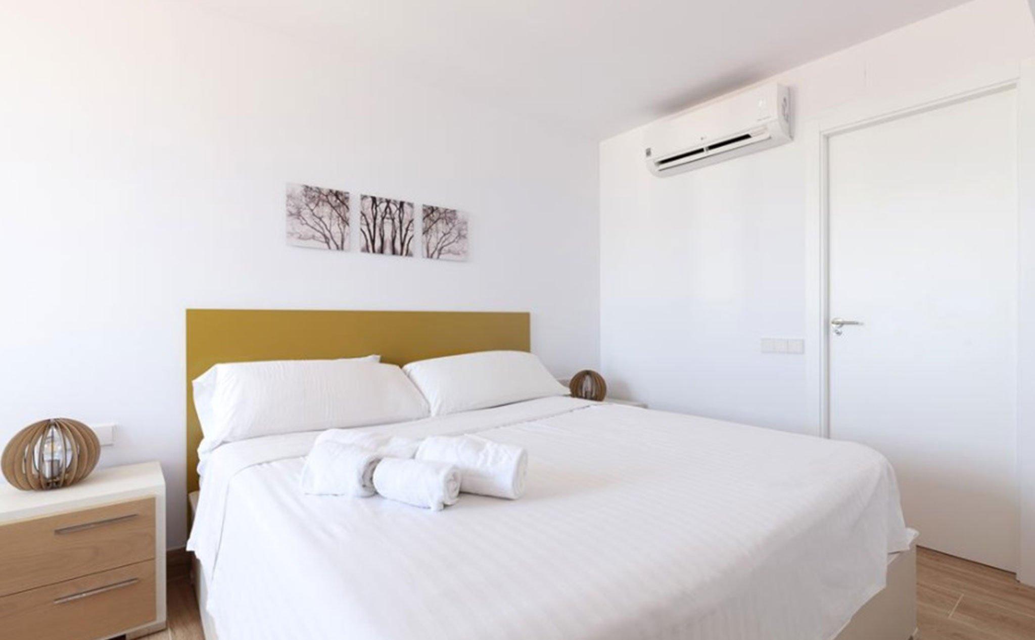Dormitorio de un apartamento de vacaciones en Jávea – Quality Rent a Villa