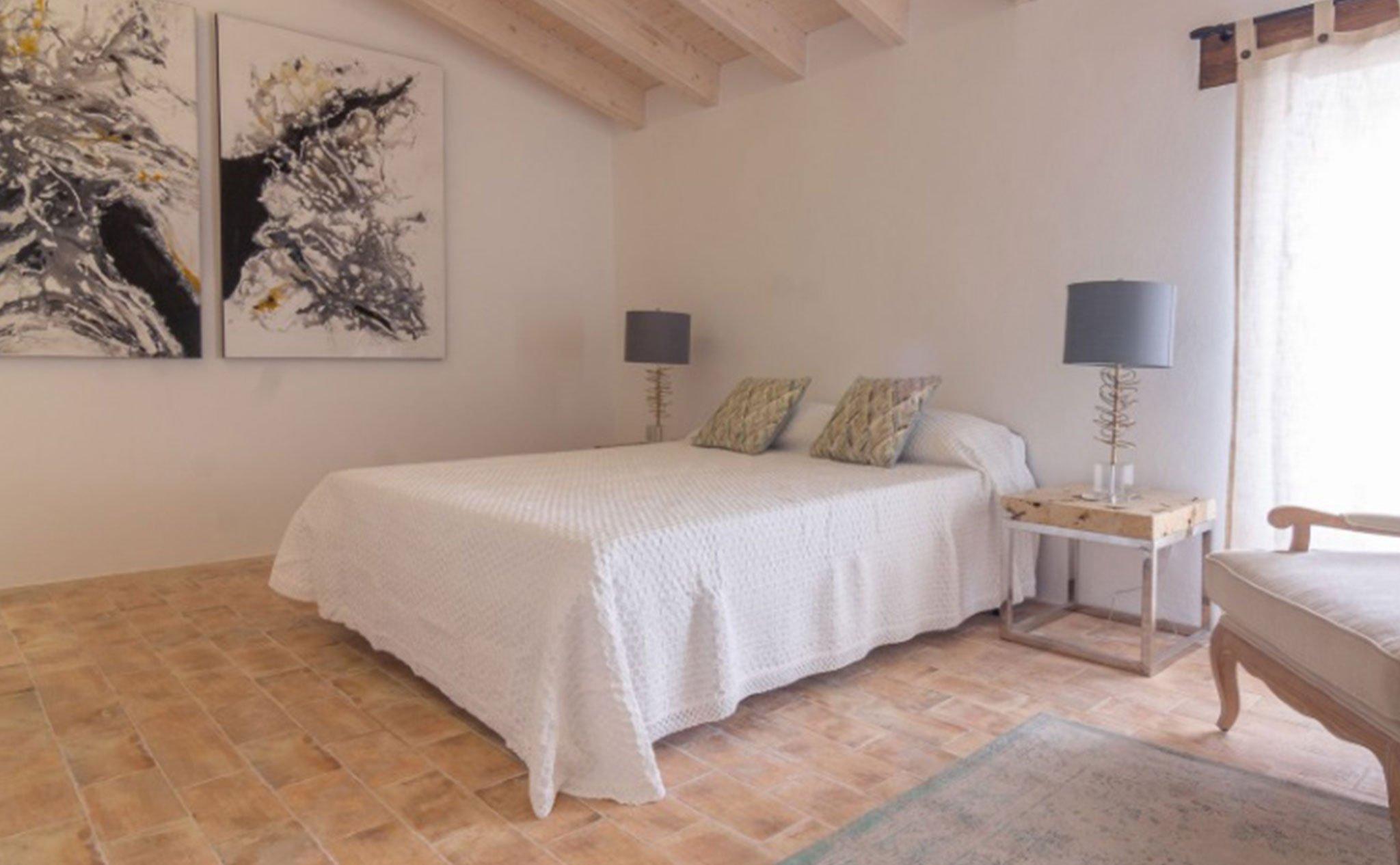 Dormitorio en una casa de pueblo en venta en el centro de Xàbia – MORAGUESPONS Mediterranean Houses