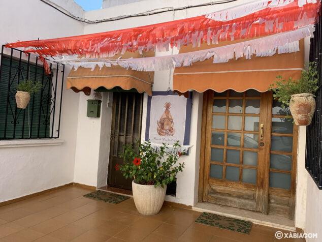 Imagen: Fachadas engalanadas por las fiestas de Loreto