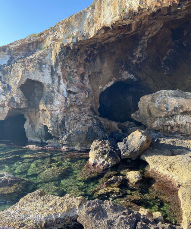 Imagen: Formaciones de la Cova Tallada