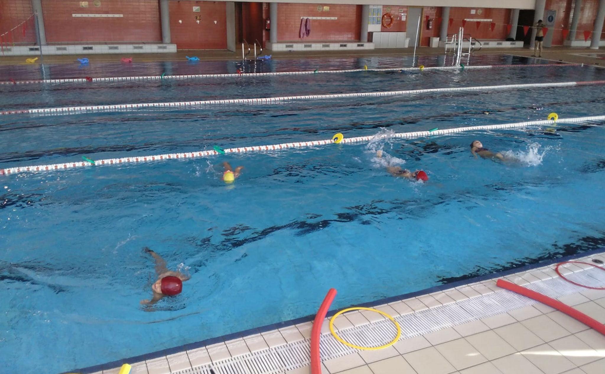 Medidas de seguridad dentro del agua – Centro Deportivo Dénia