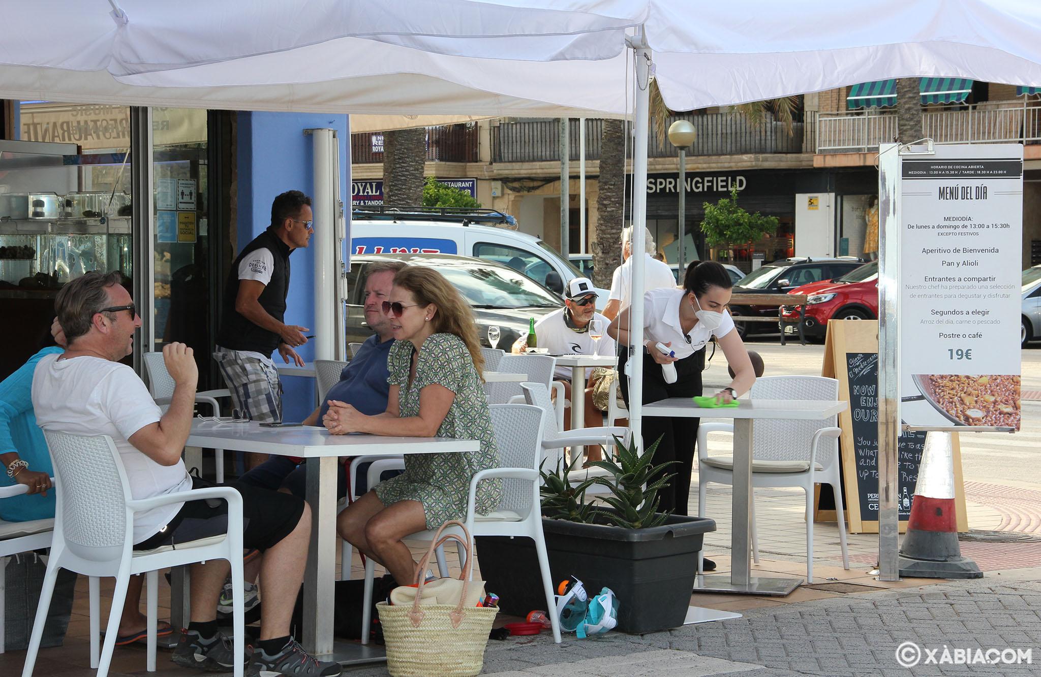 Terraza de un restaurante de Xàbia