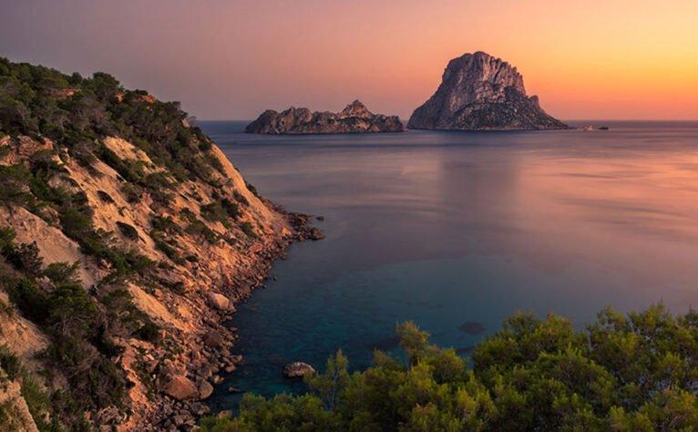 Visita Ibiza con Baleària