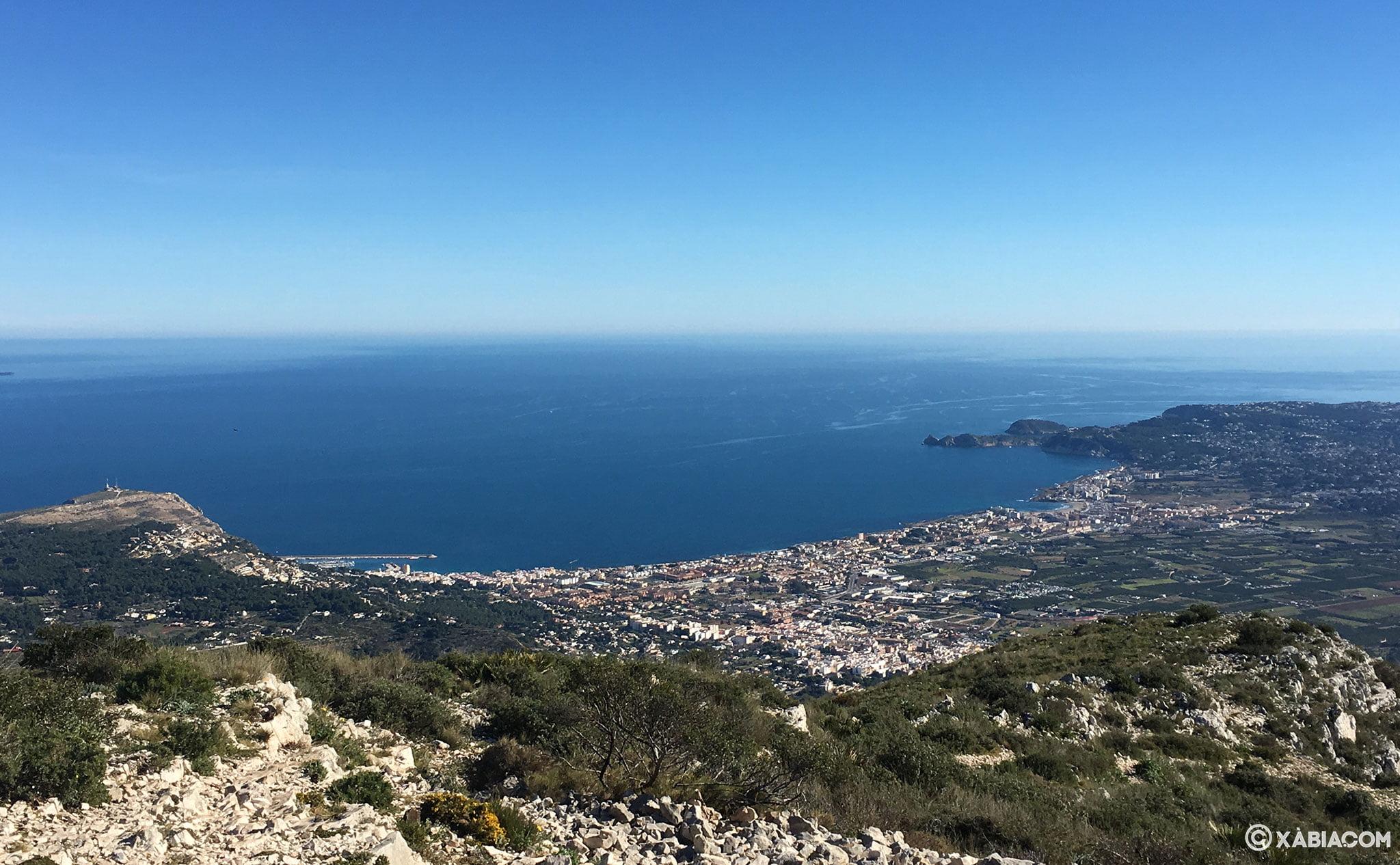 Vista de Xàbia desde lo alto del Montgó