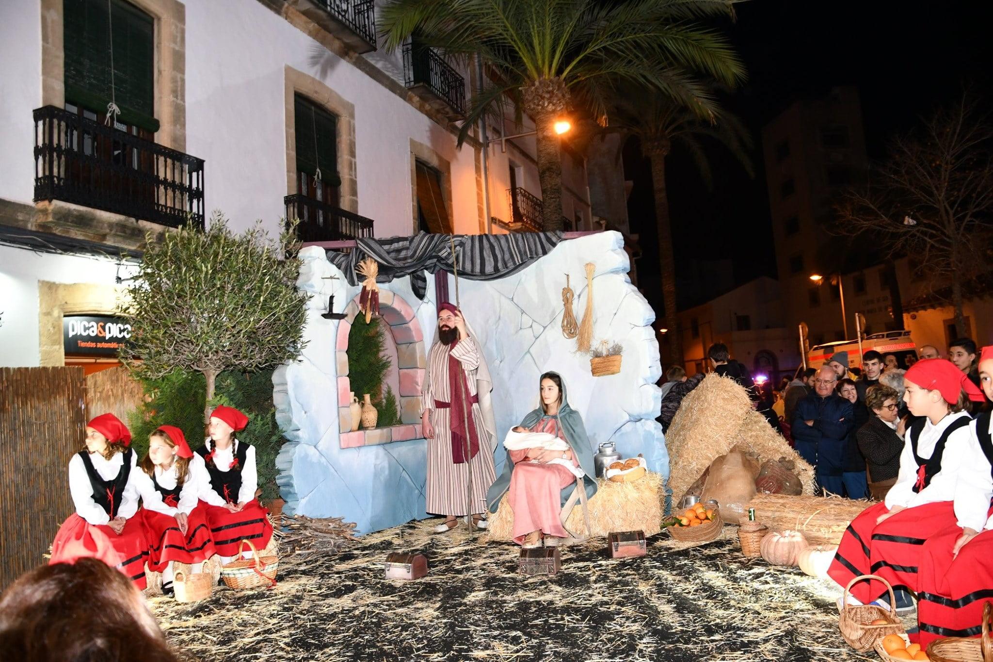 Belén viviente en la Cabalgata de Reyes Magos de Jávea