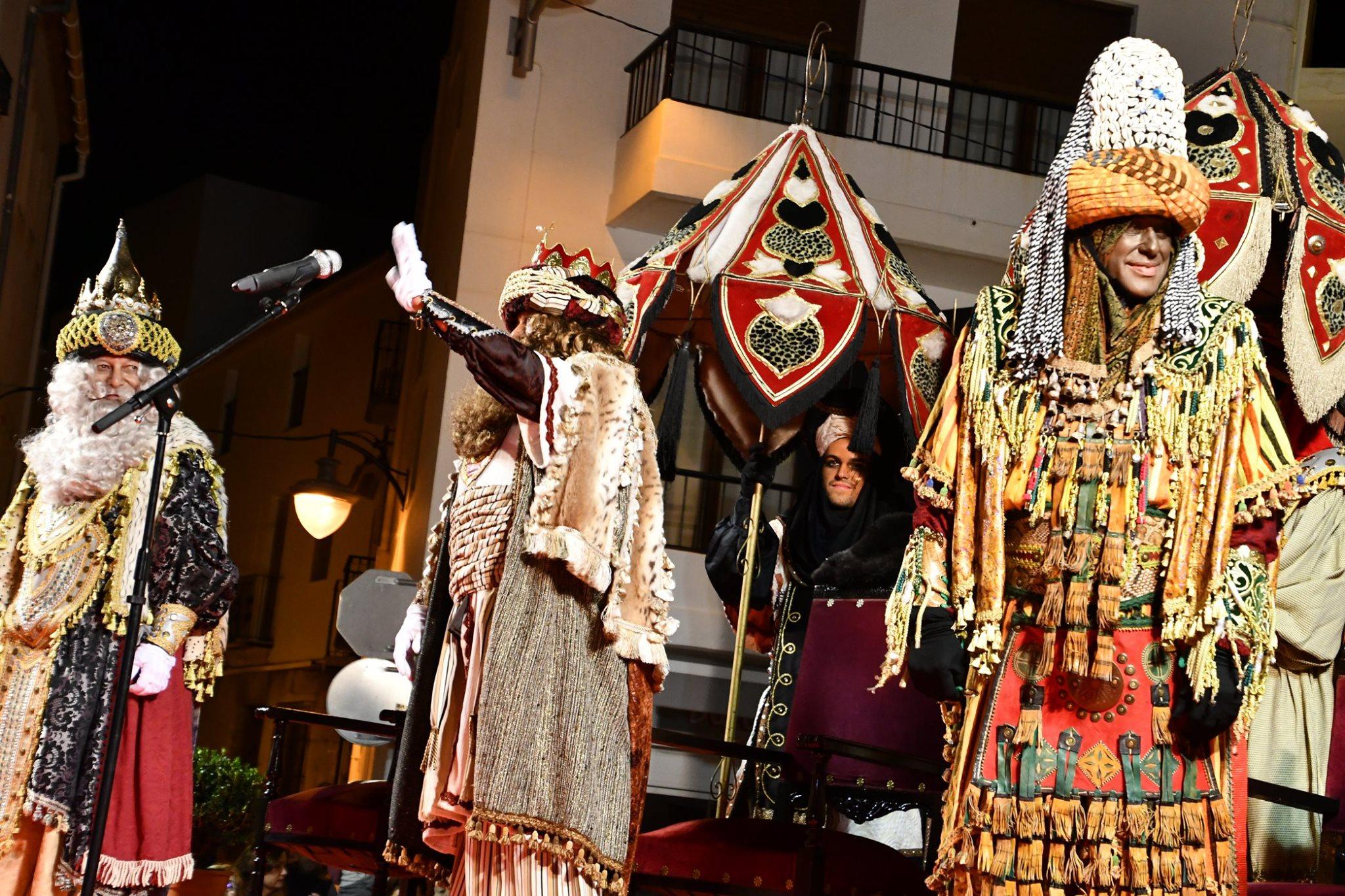 Cabalgata de Reyes en el casco histórico de Jávea