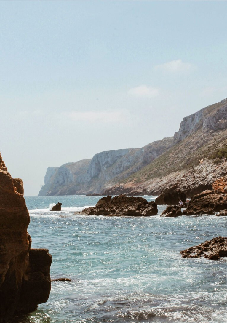El Cabo de San Antonio desde el final de Les Rotes, en Dénia