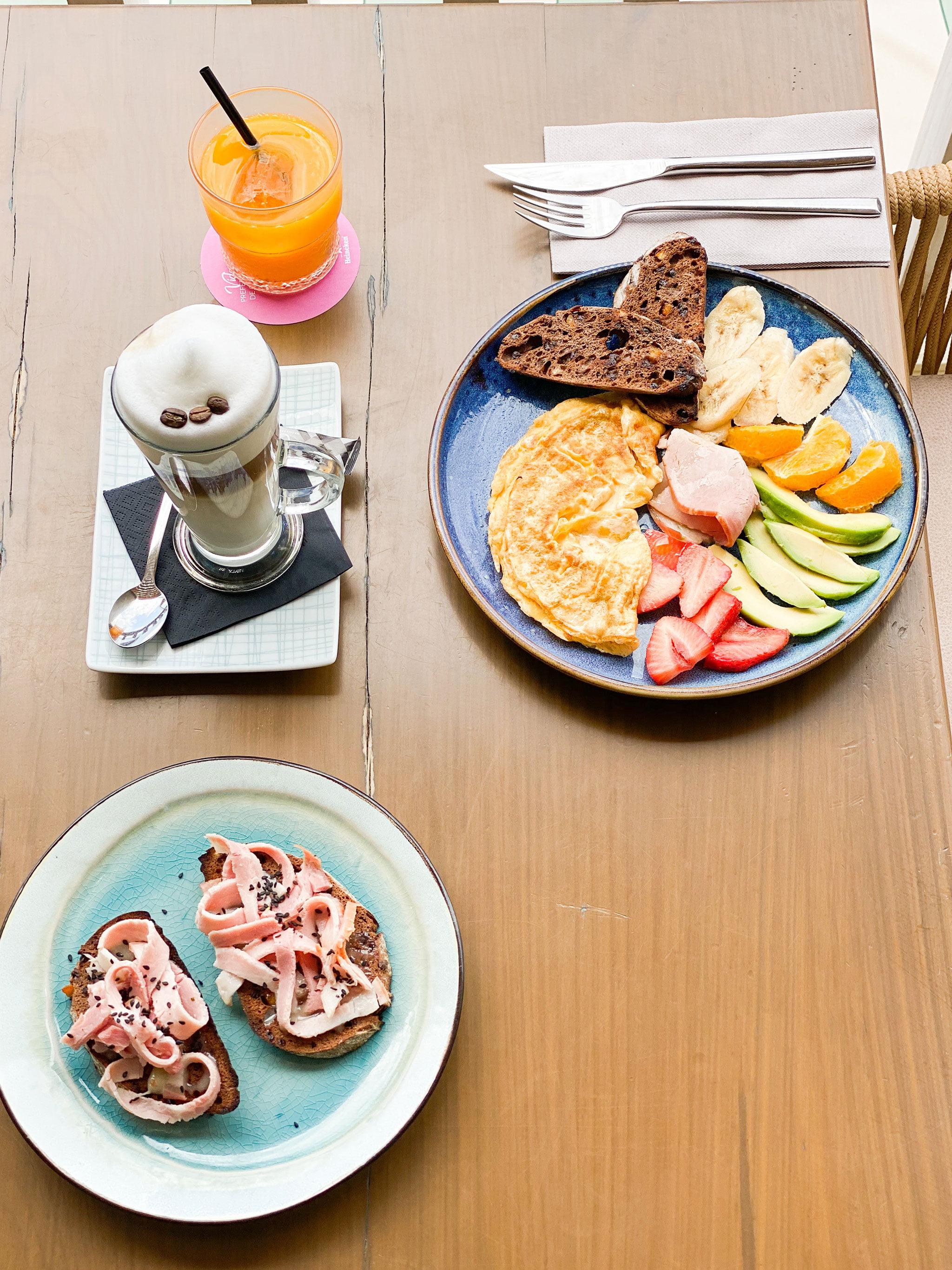 Desayunar junto al mar en Jávea – Cala Bandida