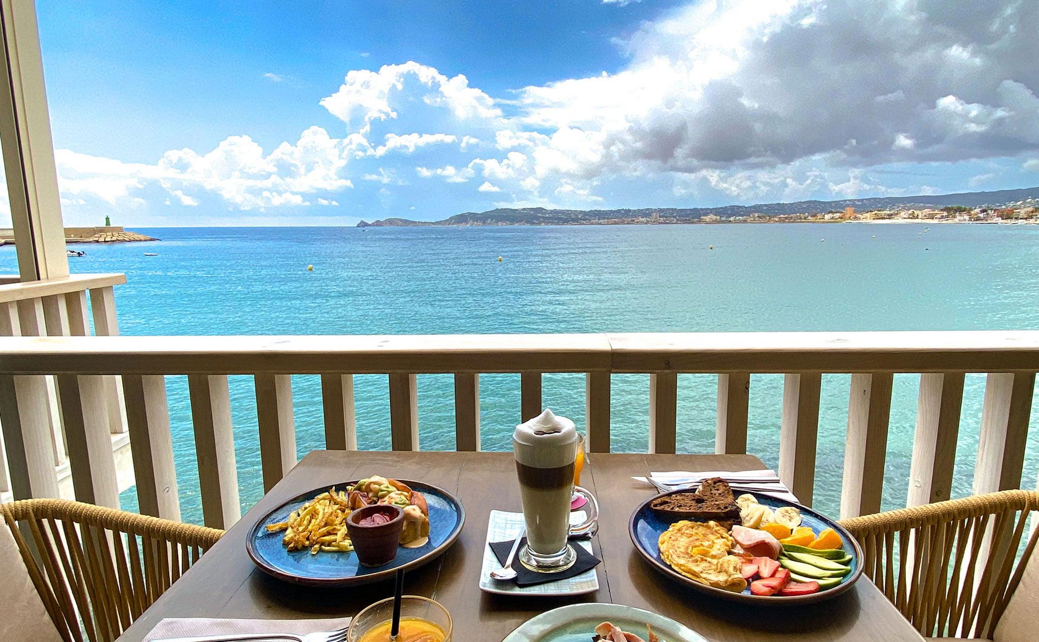 Espectaculares desayunos en Jávea – Cala Bandida