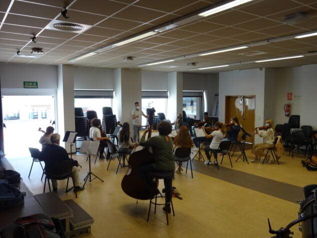 Imagen: Ensayo de la Orquesta