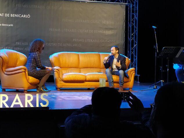 Imagen: Josep Vicent Miralles habla de su obra ganadora