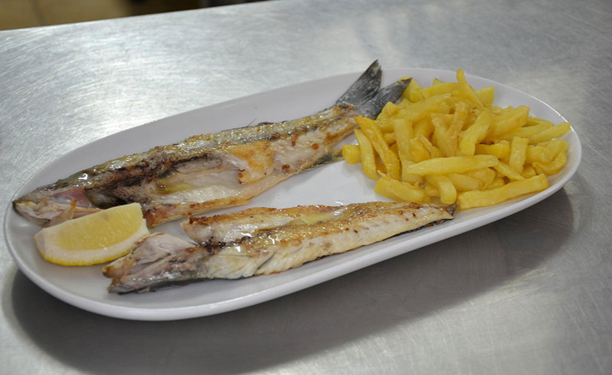 Plato de pescado fresco para llevar – La Cantina de Jávea