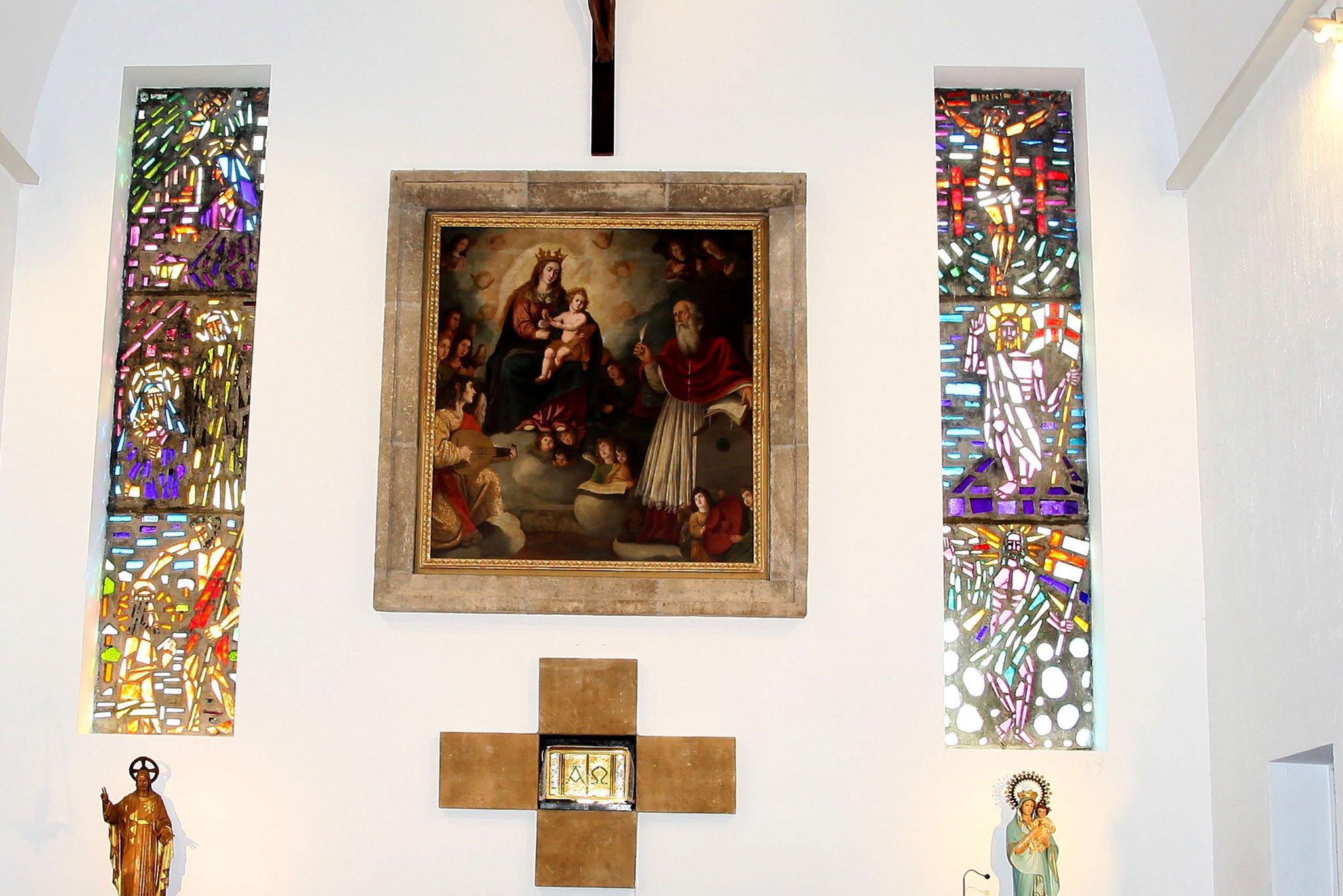 Lienzo de la Virgen de los Ángeles venerado en el Santuario de Jávea