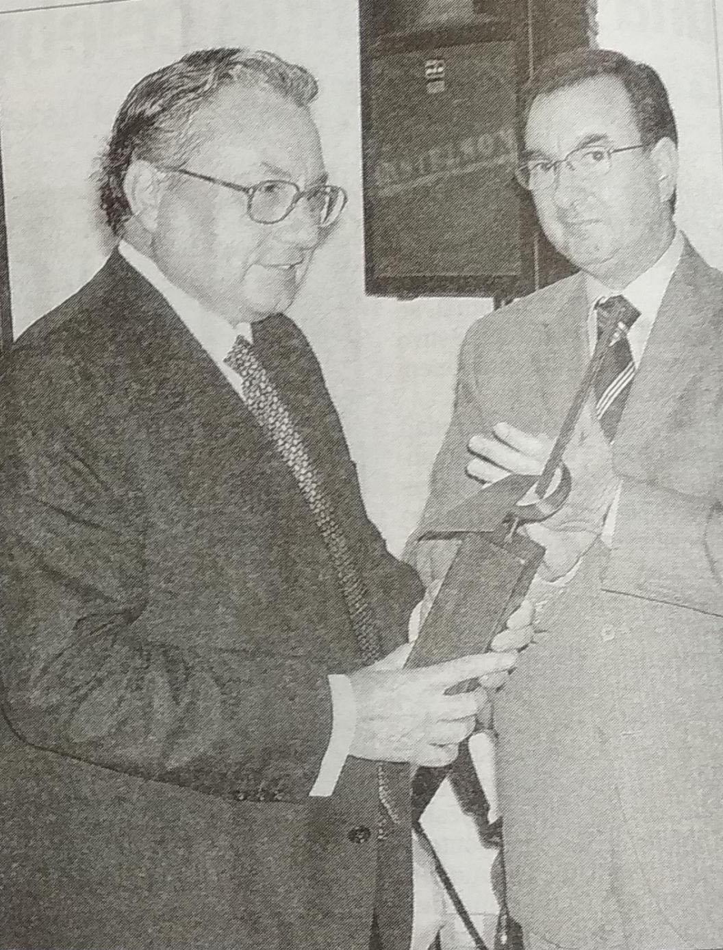 Manuel Bas, Premi 9 d'octubre de la vila de Xàbia al valor cívic, 2004