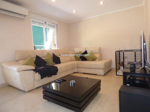 Imagen: Salón de un apartamento en venta en Jávea - Inmobiliaria Belen Quiroga