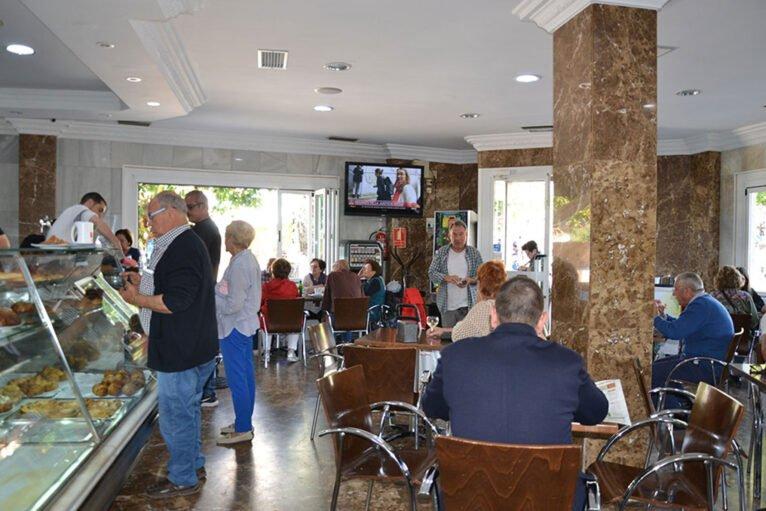 Salón interior de Cafetería L'Encant