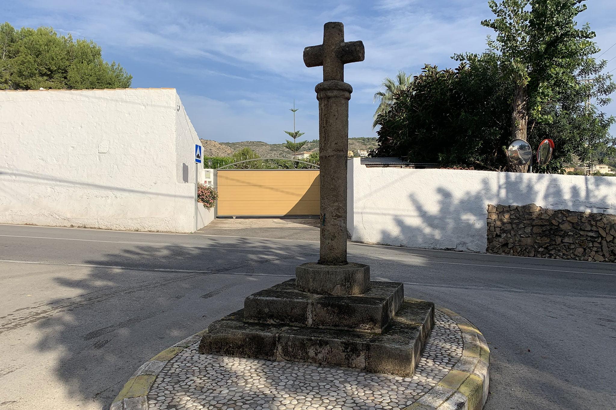 Cruz de término en Jávea: la Cruz del Colomer