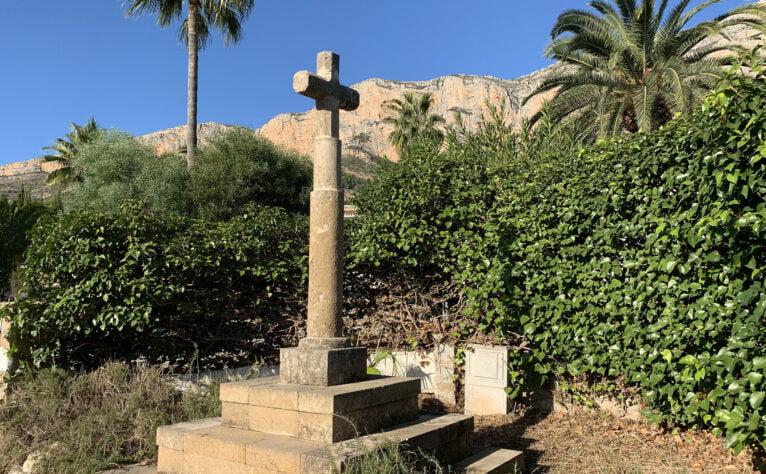 Imagen de la Cruz de Les Valls de Xàbia