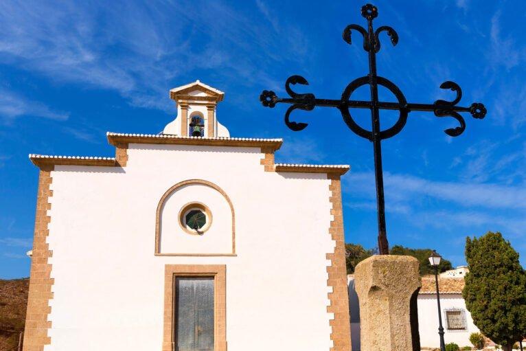 Cruz en la ermita del Calvario de Jávea