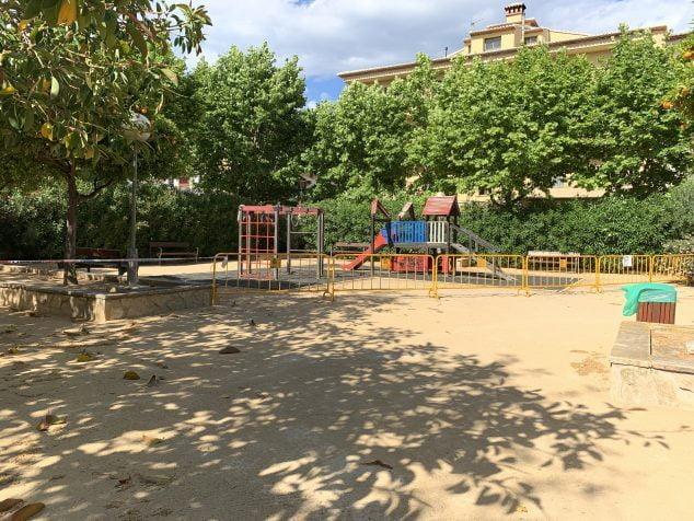 Imagen: Juegos infantiles del Parque de Freginal