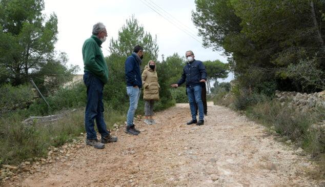 Imagen: Reparación caminos de la Plana