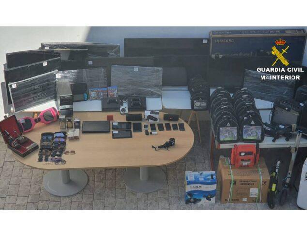 Imagen: Televisores intervenidos a la organización criminal