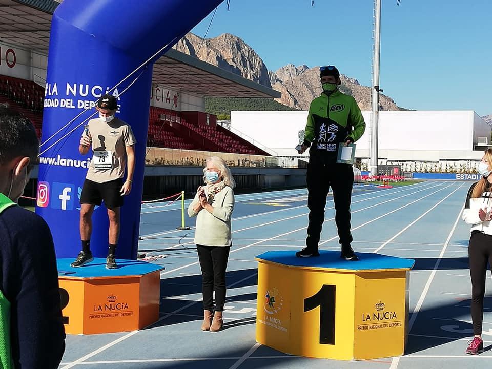 Vicente Soldevila en lo más alto del podio