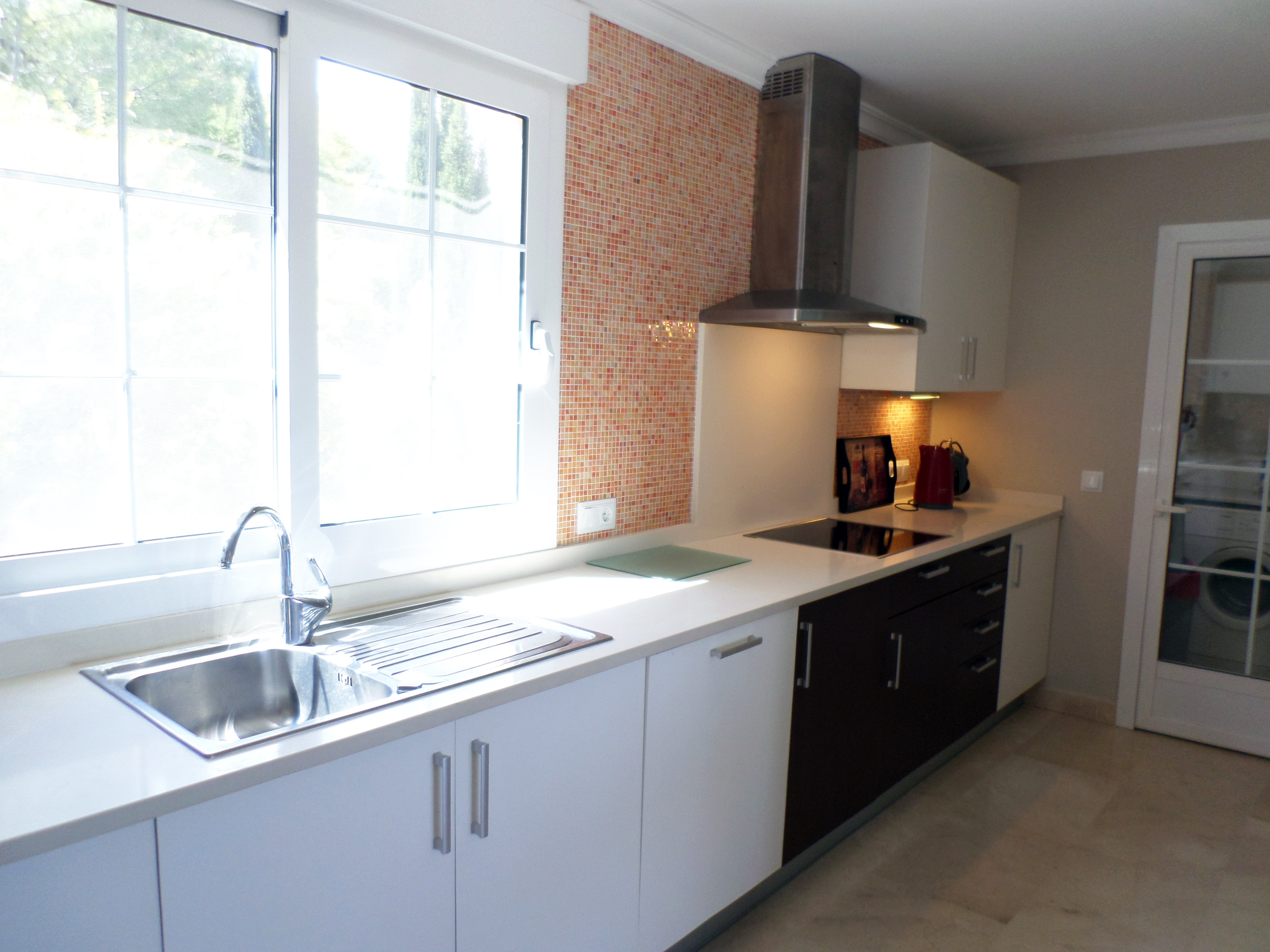 Cocina de un ático en venta en La Sella – Promociones Denia, S.L.