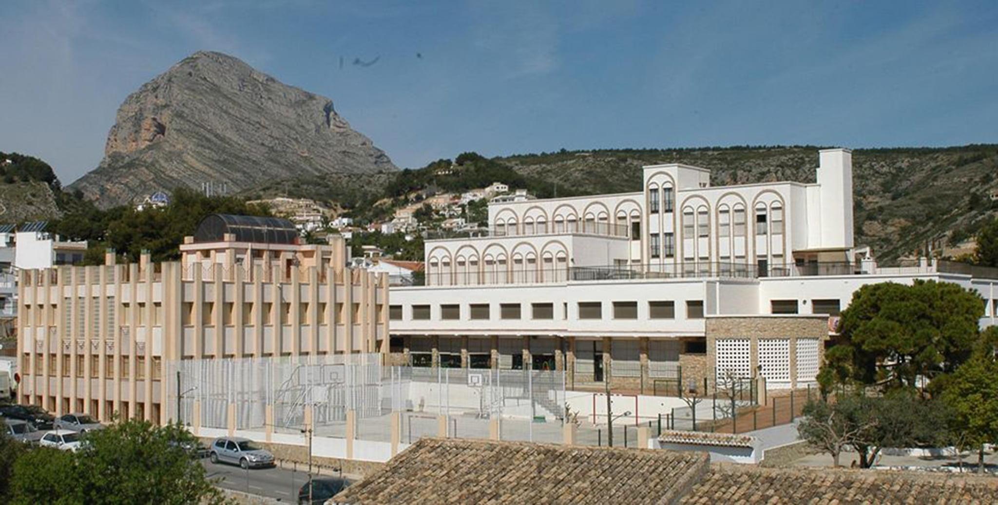 Exterior del Colegio María Inmaculada de Xàbia