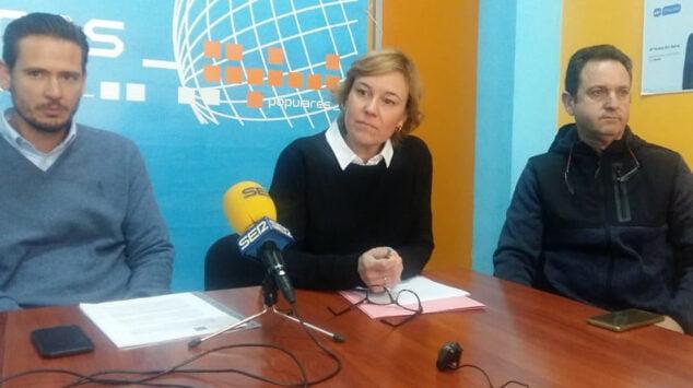 Imagen: Concejales del PP de Xàbia
