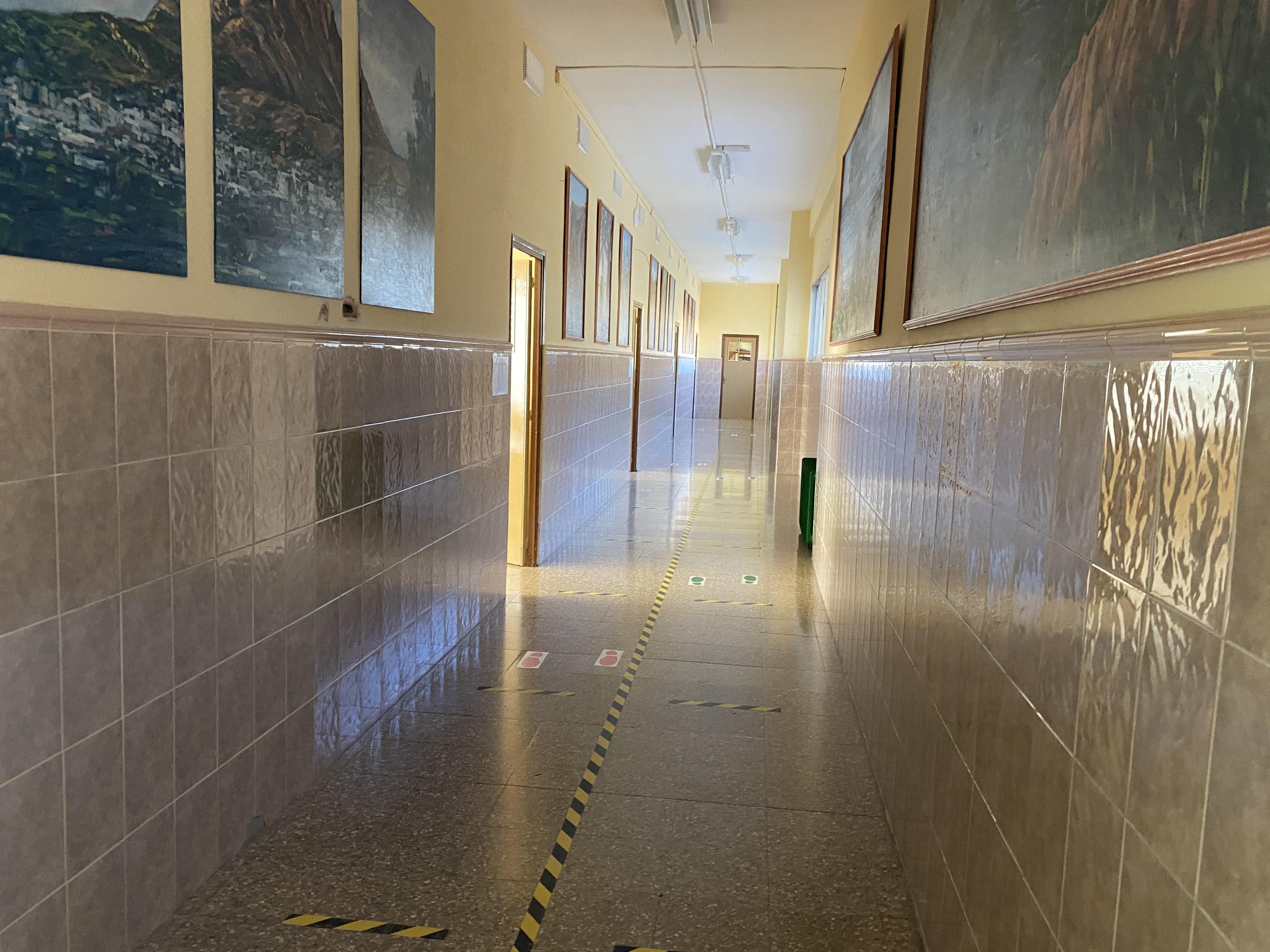 corredors escola