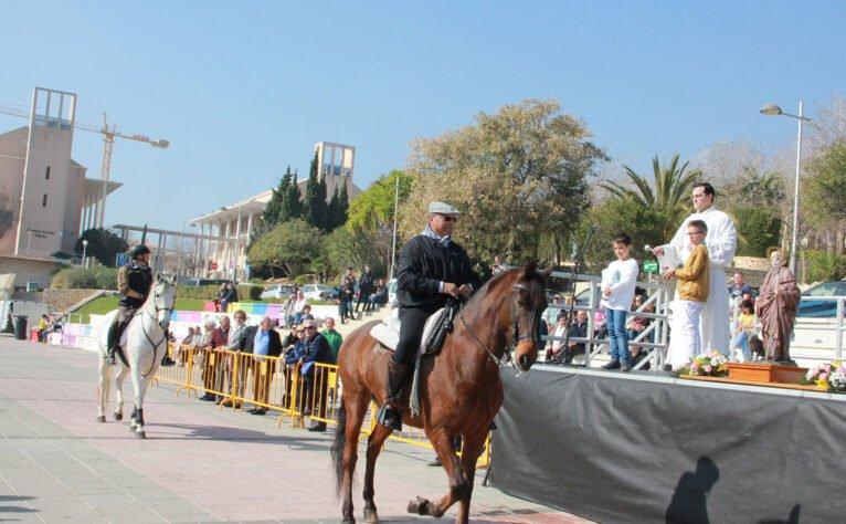 Bendición de animales en honor a San Antonio Abad en Jávea