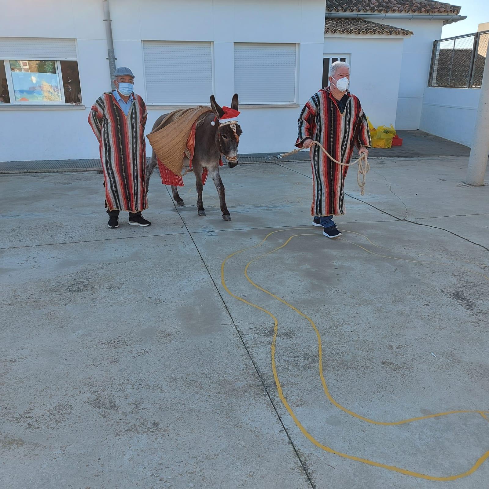 La burrita visita el colegio de El Poble Nou de Benitatxell