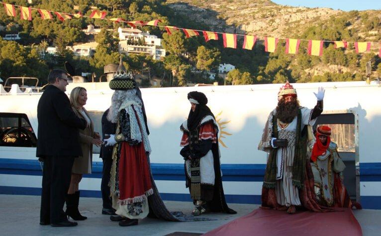 Llegada de Melchor, Gaspar y Baltasar al puerto de Jávea