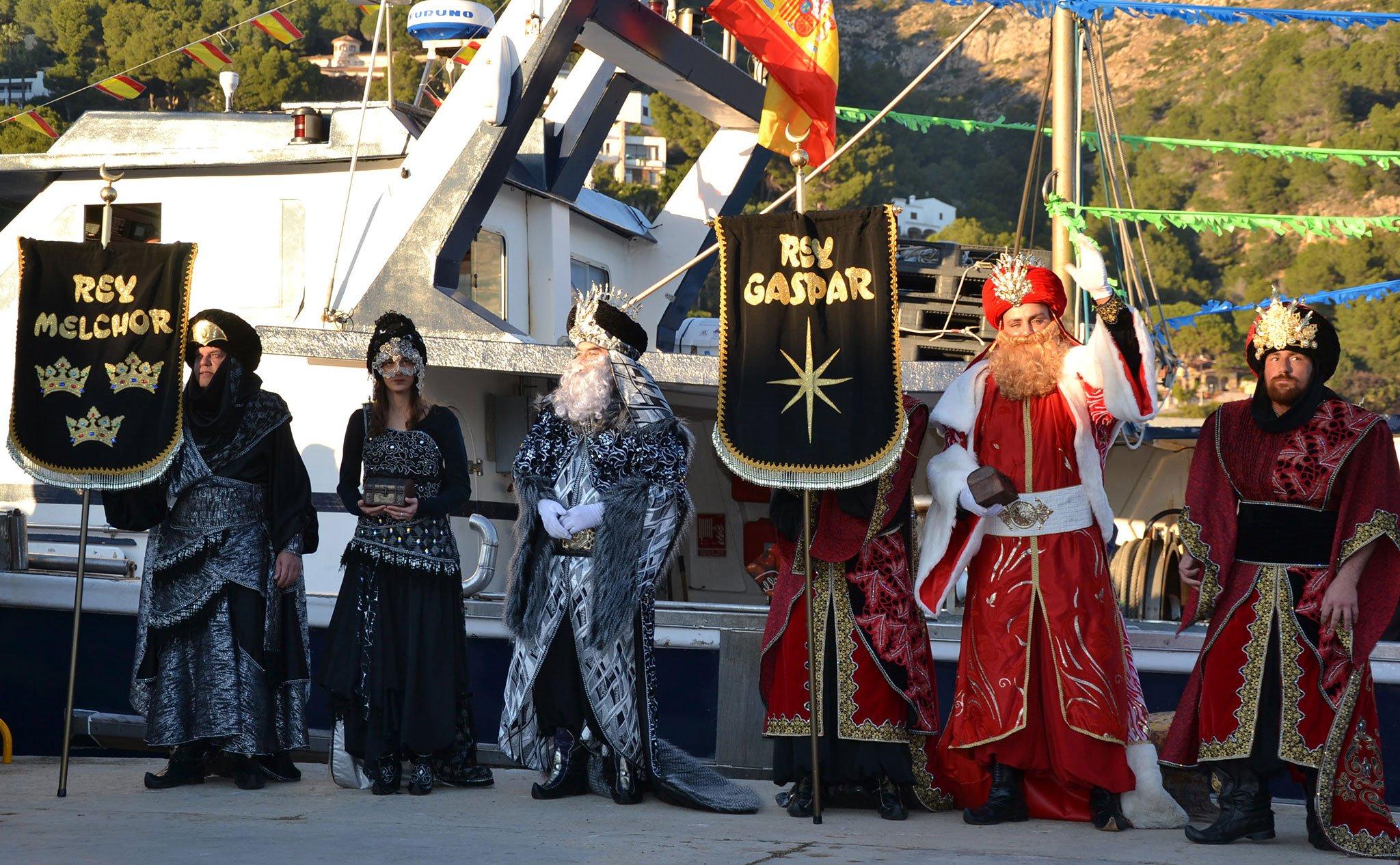 Los Reyes Magos llegan al Port de Xàbia (Cabalgata de Reyes de 2019)