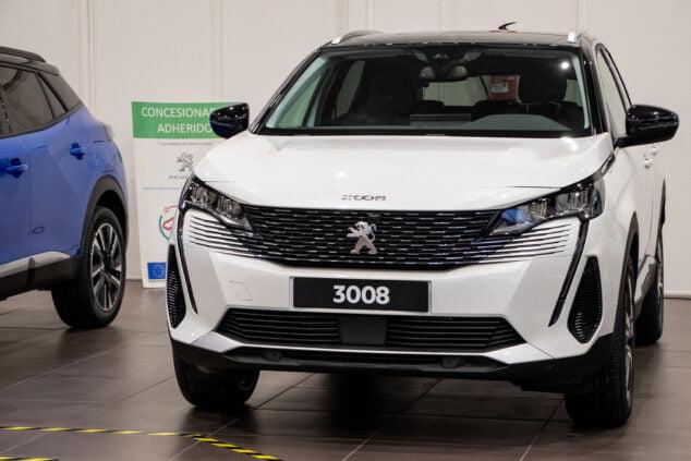 Imagen: Nuevo modelo de Peugeot 3008 - Peumóvil
