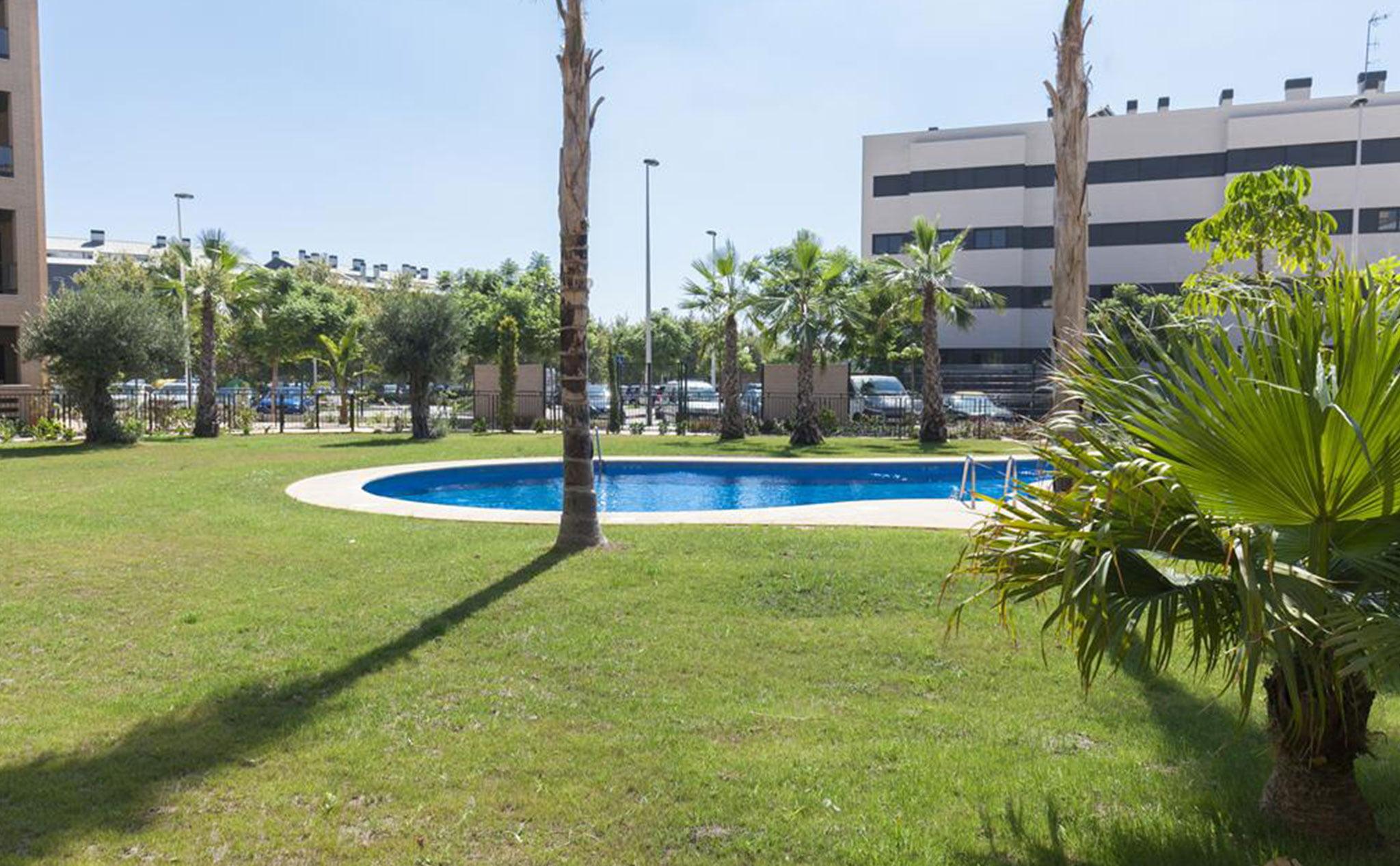 Piscina de un apartamento de vacaciones en Jávea – Quality Rent a Villa