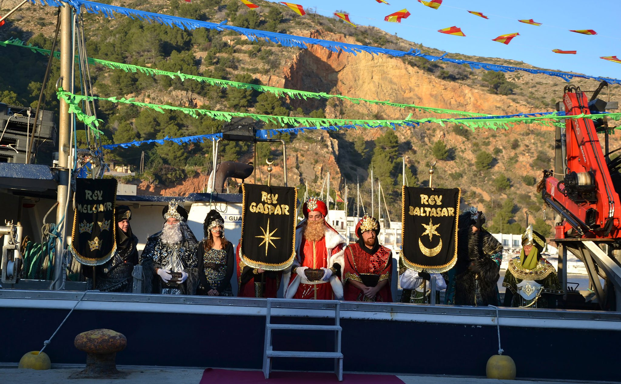 Los Reyes Magos llegan a Jávea en barco