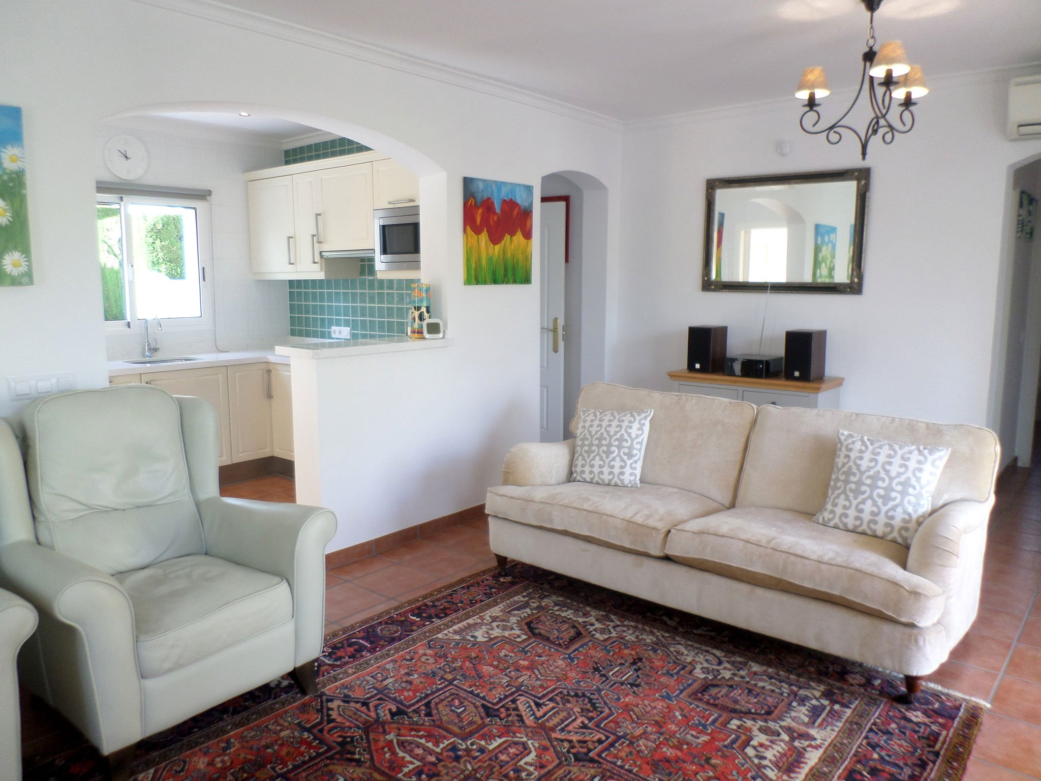 Salón en un bungalow en venta en La Sella – Promociones Denia S.L.