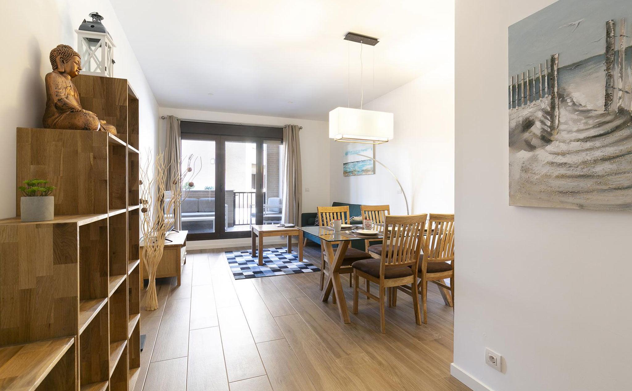 Salón-comedor de un apartamento de vacaciones en Jávea – Quality Rent a Villa