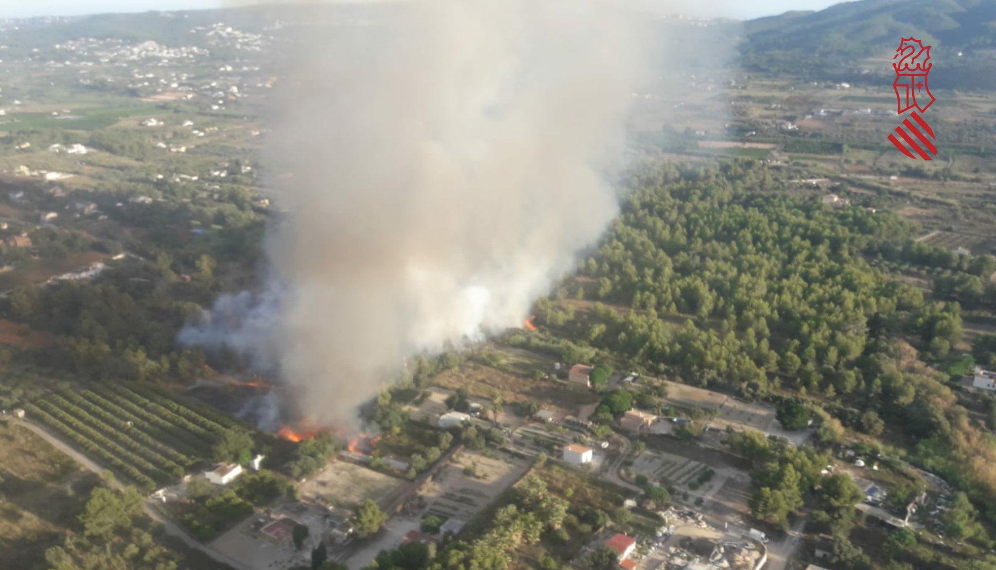 Vista aérea de uno de los incendios de Xàbia