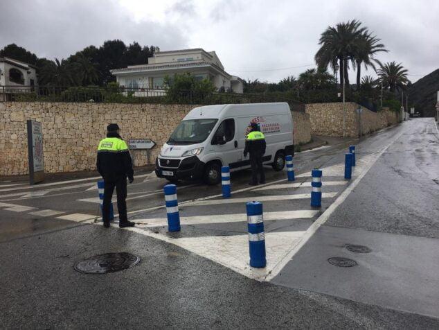 Bild: Eine Kontrolle der örtlichen Polizei