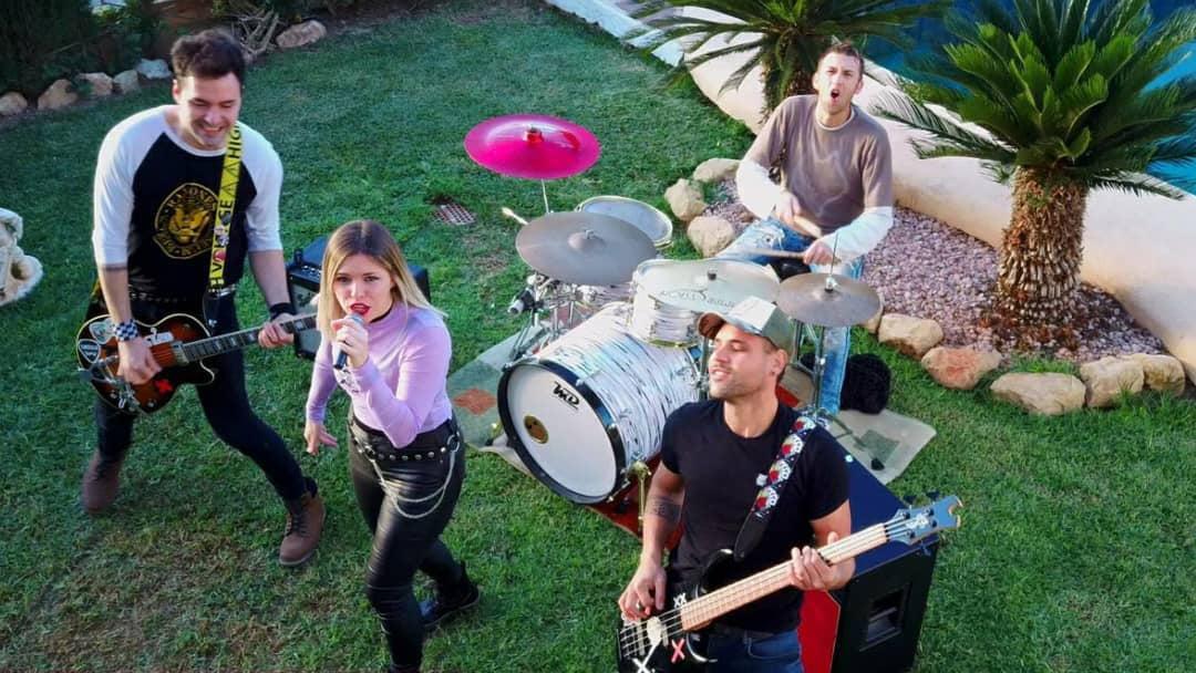 El grupo de rock, Toxic, en la grabación del videoclip